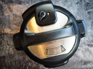 The top of an instant pot showing the venting position.